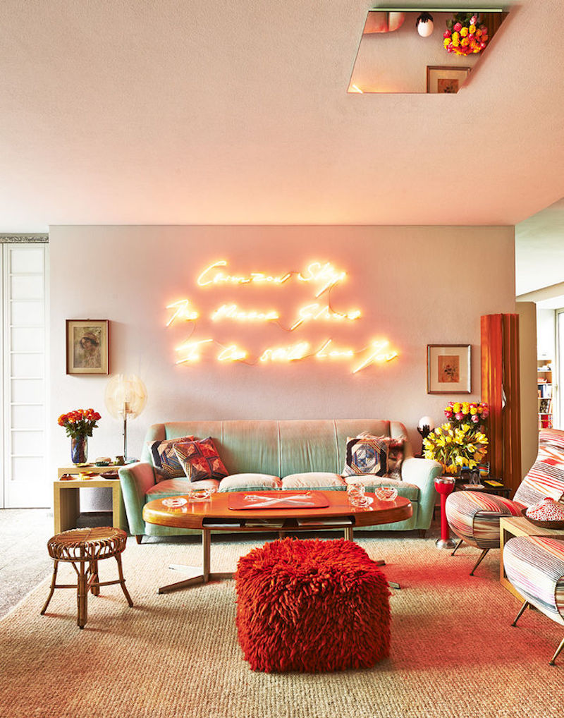 Daring home decor neon lights for every room for Lights for home decor