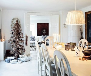 Dazzling Christmas Decorated Home in Nordsjlland