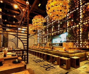 Decorating a Japanese restaurant by Mojo Design