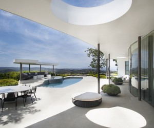 Dennis Gibbens Refurbishes A 60s House in Beverly Hills