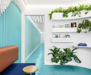 Dental Clinic Somriures by Masquespacio