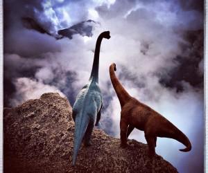 Dinosaur Toys Turn Tourists in Jorge Saenzs Dinodinaseries