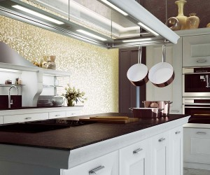 Distinctive Metallic Hoods and Modular Flexibility Shape Classy Gioconda