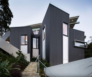 Distinctive Seatoun Heights House