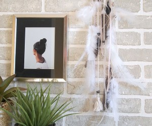 DIY: A Pretty  Easy Dreamcatcher