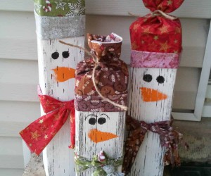 DIY Christmas Decor for the Outside of Your Home