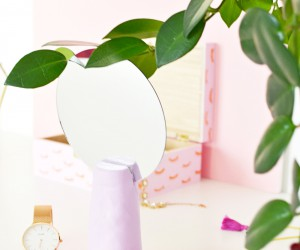 DIY Makeup Mirror