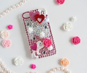 DIY Rhinestone Cellphone Case