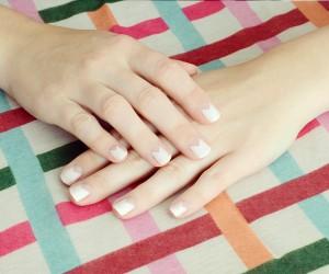 DIY Summer Lovin Geometric Manicure