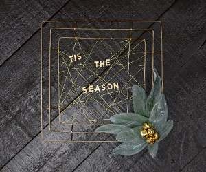 DIY Typography Holiday Wreath