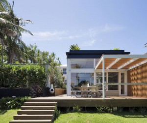 dk House: Mid-Century Modernism Fused with Coastal Style and a Green Roof