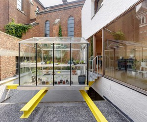 dmvA Adds Floating Greenhouse In Belgium Townhouse