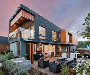 Double High House in Nanaimo by Checkwitch Poiron Architects