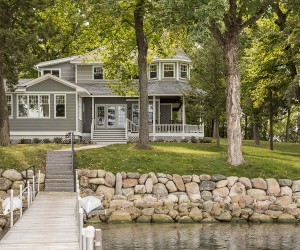 Dreamy Lakeside Getaway Nestled On The Shores Of Lake Minnetonka