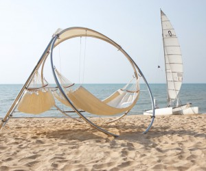 Duality and Unity: the new innovative hammocks by Trinity