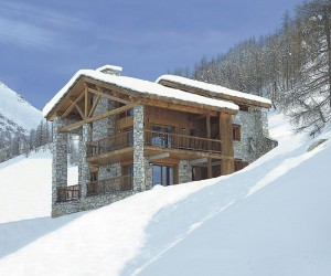 Elephant Blanc: Luxurious Val dIsre Chalet Promises Access to Amazing Ski Slopes