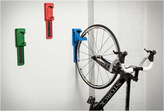 Wall bicycle mount Wood Materialicious Endo Bicycle Wall Mount
