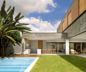 Expansive L-Shaped Brazilian Home Embraces the Outdoors in Vernacular Style