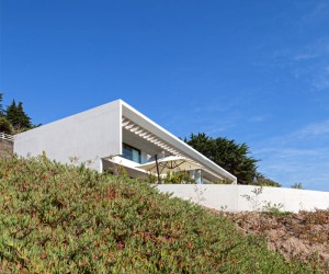 Exposed Concrete House in Chile