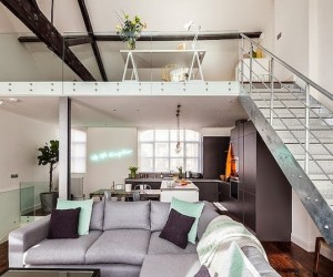 Factory in East London Turned into a Stylish Loft