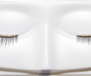 Fake Eyelashes Made With Real Diamonds