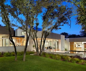 Family Home in Texas Unveiling a Comfortable Lifestyle
