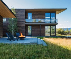 Family Retreat in Wyoming Reflects Mountain Minimalism