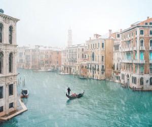 Fantastic Street Photos in Venice by Marco Gaggio