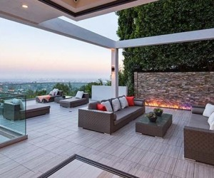 Fascinating Modernist Mega Estate in Beverly Hills, California
