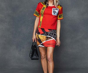 Fergie Gets Leggy In Moschino