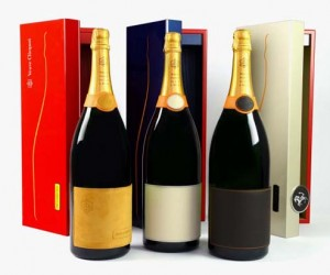 Ferrari and Veuve Clicquot Maranello Champagne Set 2014