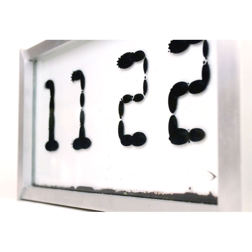 Часы ferrolic с ферромагнитной жидкостью автор zelf koelman цена