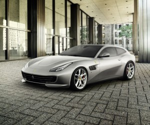 First Look at the new Fearri GTC4Lusso T