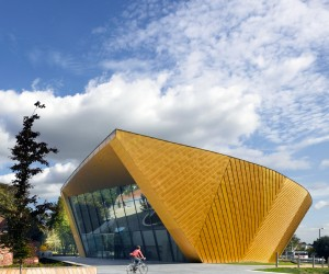 firstsite new museum in Colchester by Rafael Vinoly Architects