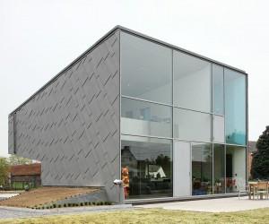 Flanders House by van de voorde  piffet . architecten