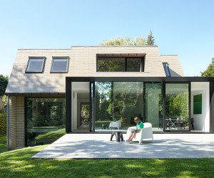 Flemish Villa in Belgium renovated by Martens  Brunet