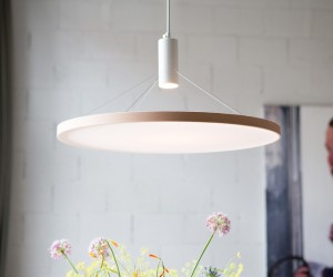 Floating Light by Spitsberg