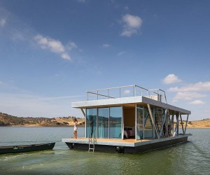 Floatwing: Modular, Prefabricated Houseboat Offers An Exciting Escape