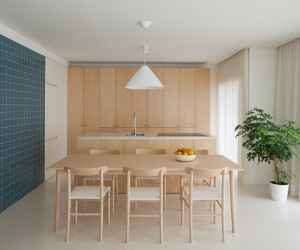 Forte Apartment was Turned to the Light by Merooficina