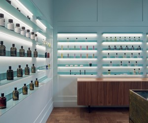 GaliLu Fragrance Shop in Gdask by Mana Design