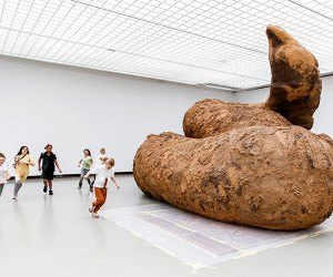 Gelatin Installs Giant Poop Sculptures At Museum Bojimans