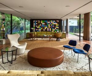 Glass Pavilion by Andrade Morettin Arquitetos Associados
