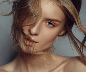 Glorious Female Portrait Photography by Mindaugas Navickas