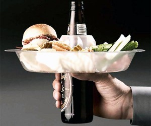 Go Plate: Free Hand For Eating and Drinking