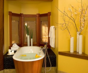 Gorgeous Bathrooms with the Warm Allure of Yellow