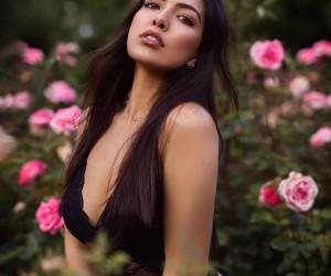 Gorgeous Female Portrait Photography by Luis Glz Uli