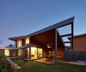 Gorgeous Garden House in Melbourne Enchants with Green Goodness