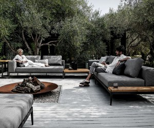 Grid Modular Outdoor Sofa