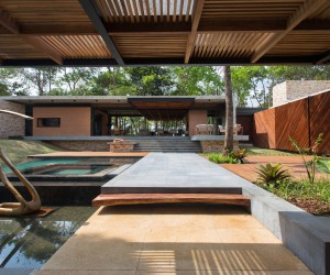 HA House designed by Costaveras Arquitetos