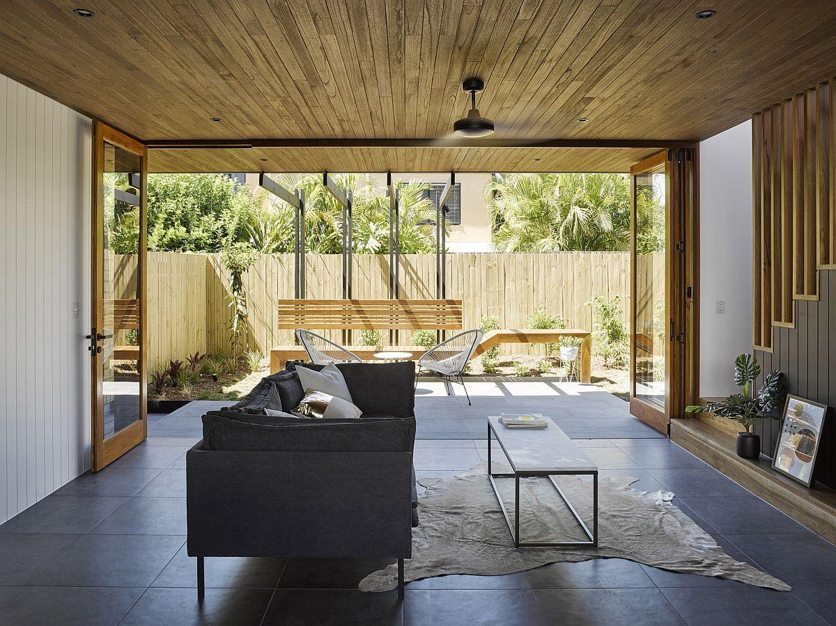 Habitat on Terrace: Modern Reinterpretation of a Classic Queenslander